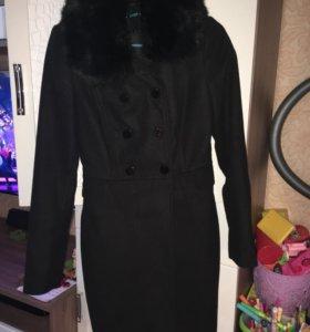 Пальто женское.40-42.Димесезонное.