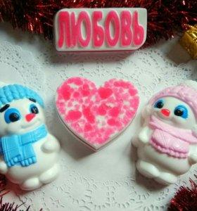 Мыло ручной работы,набор Влюбленные снеговики.