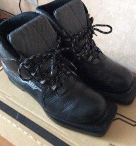 Лыжные ботинки SKI BOOTS
