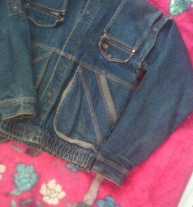 Джинсовая куртка-жилетка