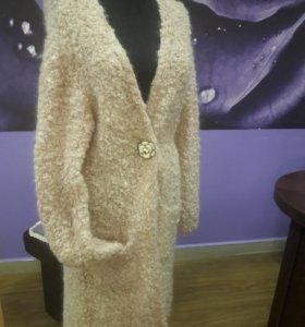 Пальто вязаное букле
