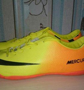 Футзалки Nike 44 размер с доставкой