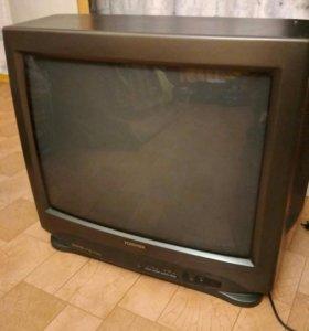 Телевизор ТOSHiBA ,экран 53 см.( Япония ).