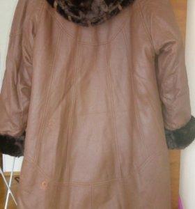 Куртка женская с капюшоном новая
