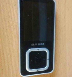 Плеер Samsung YP-Q3