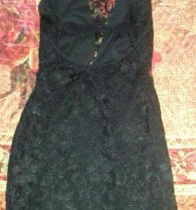 Кружевное платье. Открытая спина