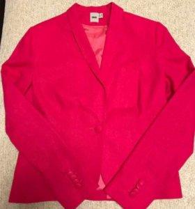 Новый пиджак 46 рос.размер