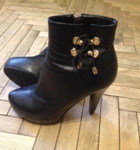 Ботинки осеньнние