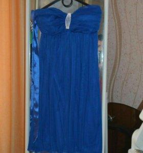 При покупке 3-ех платьев, отдам все за 1000руб.