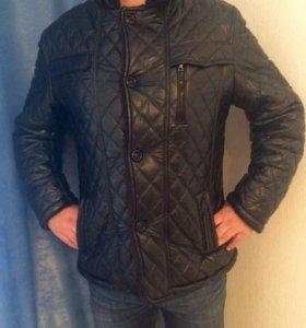 Куртка мужская , в отличном состоянии .