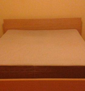 Кровать двуспальная Ikea 175 см