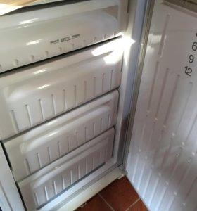 Морозильная камера,холодильник