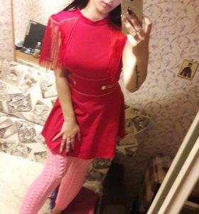 Платье новое 44 42