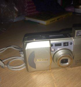 Плёночный Nicon zoom 120 Af