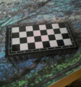 Мини-шахматы.