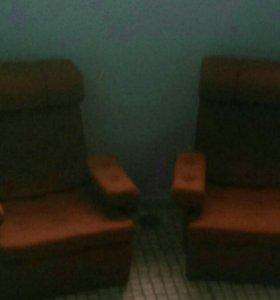 Бесплатно. Кресло 2 шт.