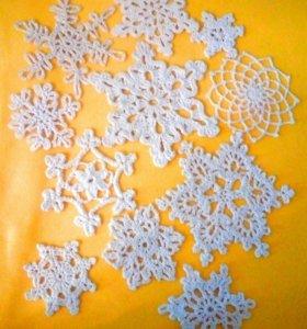 Снежинки ручной работы