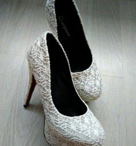 Туфли новые 23 см