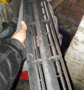 Решотка радиатора на форд фокус 1