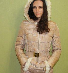 Зимняя куртка с муфточкой