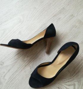 Perlato новые туфли замшевые