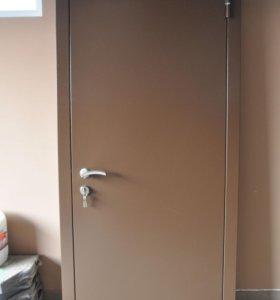 Утеплённая металлическая дверь