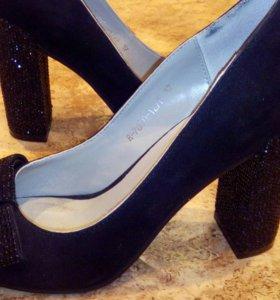 Шикарные туфли замша р.37