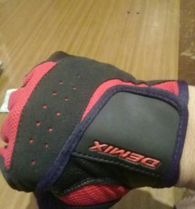Спортивные перчатки, новый!