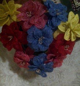 Цветы из биссера