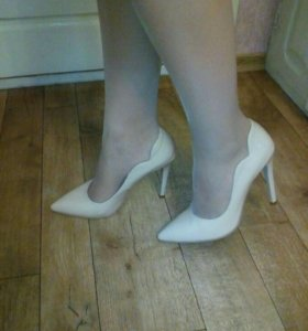 Туфли женские ;)