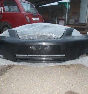 Передний бампер на тойоту короллу кузов Е12