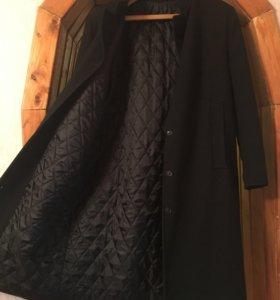 Пальто демисезонное пошито,на заказ.