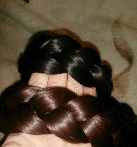 Волосы на заколках и косы для плетения