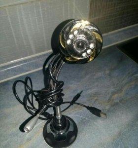 Камера с микрофоном