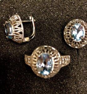 Серебряный комплект( серьги и кольцо)