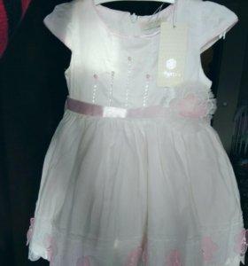 Нарядное платье р.80