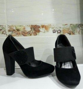 Обувь туфли 33-34