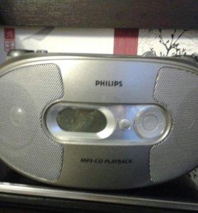 Магнитола Philips AZ1038