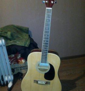 Гитара акустическая .