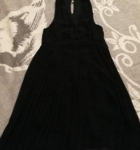 Платье с гофрированной юбкой