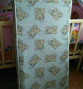 Продам матрас для кроватки