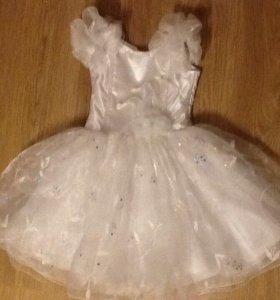 Нарядное платье на корсете