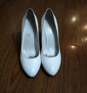 Туфли Calipso. Одеты 1 раз на свадьбу.