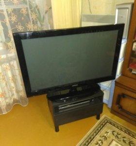 Телевизор Samsung с документами на запчасти