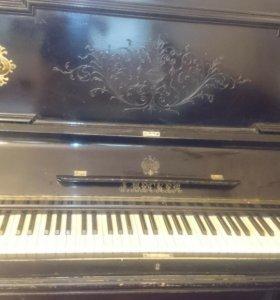 Старинное пианино