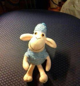 Мягкая игрушка - овечка