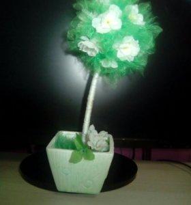 Дерево (топиарий)