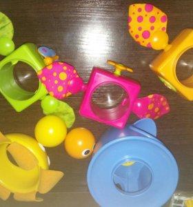 Многофункциональная игрушка -пирамида Цветок