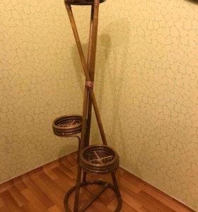 Подставка для цветов из ротанга