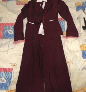 Костюм тройка (пиджак, юбка, брюки, галстук)